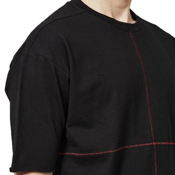 Scar Stitching Details T-Shirt